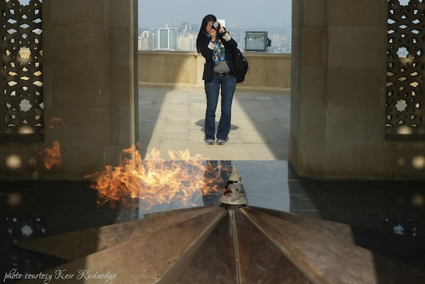 http://expatedna.com/wp-content/uploads/2012/12/Eternal-Fire-Memorial-Baku.jpg