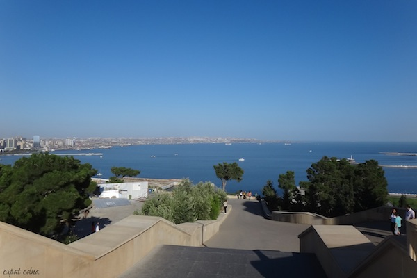 http://expatedna.com/wp-content/uploads/2012/12/View-from-Eternal-Fire-Memorial-Baku.jpg