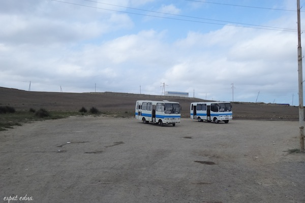 http://expatedna.com/wp-content/uploads/2012/12/lonely-buses.jpg