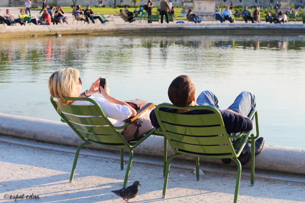 Tuileries couple by Expat Edna