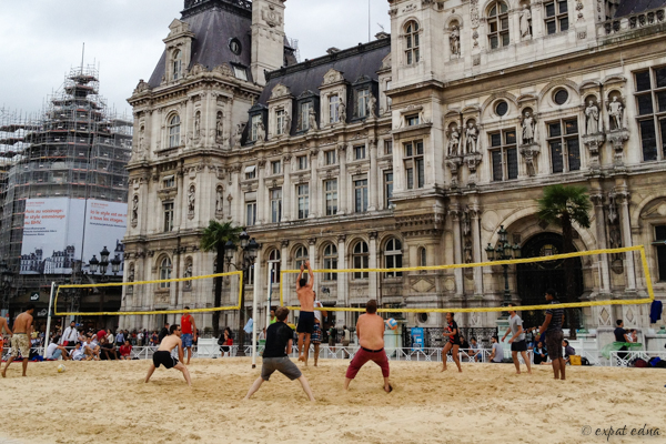 Volleyball at Hotel de Ville - Expat Edna