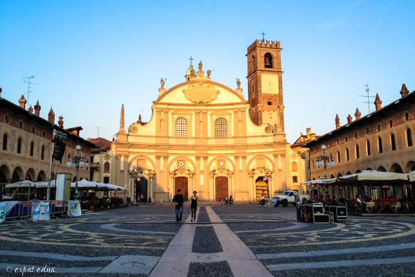 Piazza Ducale, Vigevano by Expat Edna