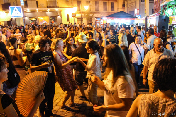 Salsa dancing streets, Madrid by Expat Edna