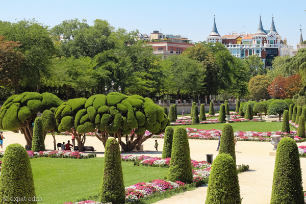 Shrubbery, Retiro Park, Madrid by Expat Edna