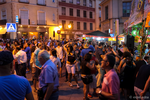 Street dancing, Madrid by Expat Edna