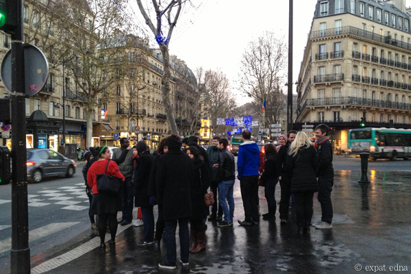 12 pubs of Christmas a Paris - between stops by Expat Edna