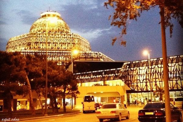 http://expatedna.com/wp-content/uploads/2012/11/Baku-airport-at-dusk.jpg