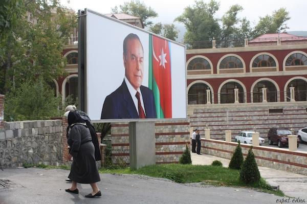 http://expatedna.com/wp-content/uploads/2012/11/Heydar-Aliyev-billboard-in-Sheki-Azerbaijan.jpg