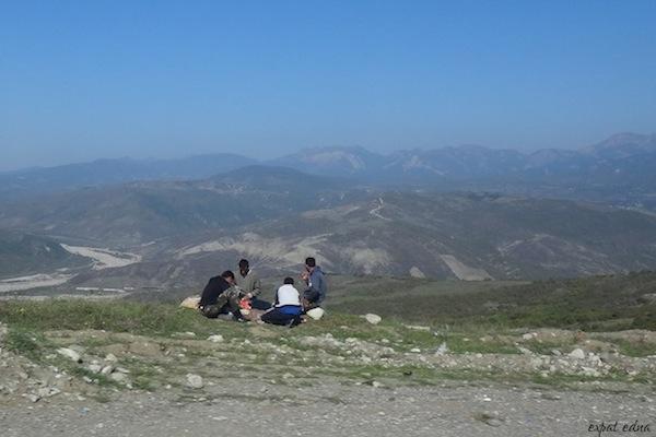 http://expatedna.com/wp-content/uploads/2012/11/Road-trip-through-Azerbaijan.jpg