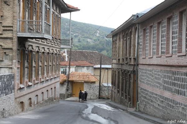 http://expatedna.com/wp-content/uploads/2012/11/Sheki-Azerbaijan.jpg