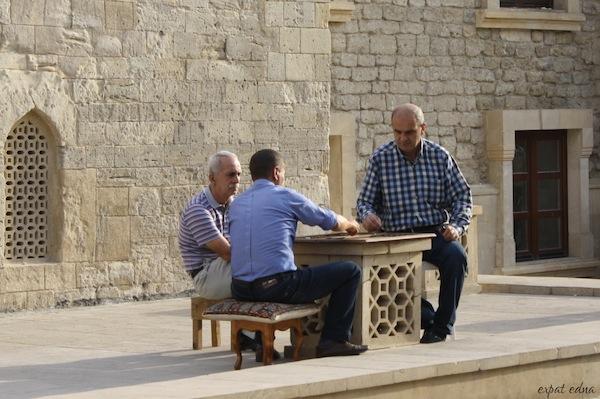 http://expatedna.com/wp-content/uploads/2012/11/Tea-break-in-the-Old-City-Baku.jpg