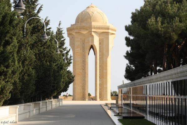 http://expatedna.com/wp-content/uploads/2012/12/Eternal-Fire-Memorial.jpg